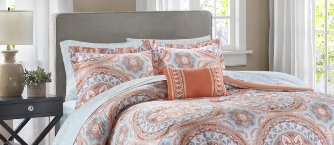 Create a New Look For Your Teen With a New Designer Living Bed Set