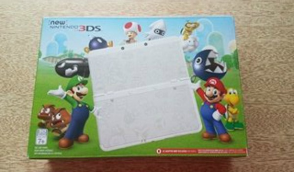 New Nintendo 3DS Super Mario Edition