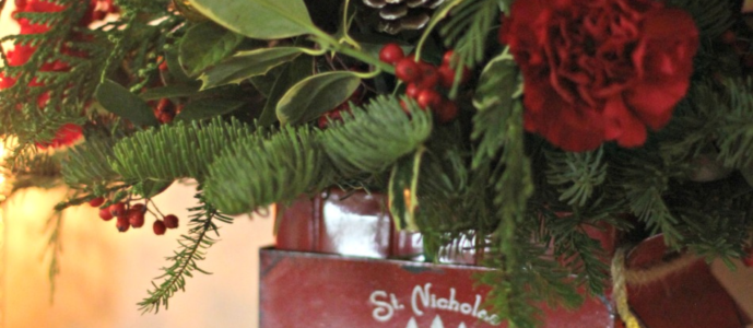 Give The Gift of Teleflora Vintage Sleigh Bouquet